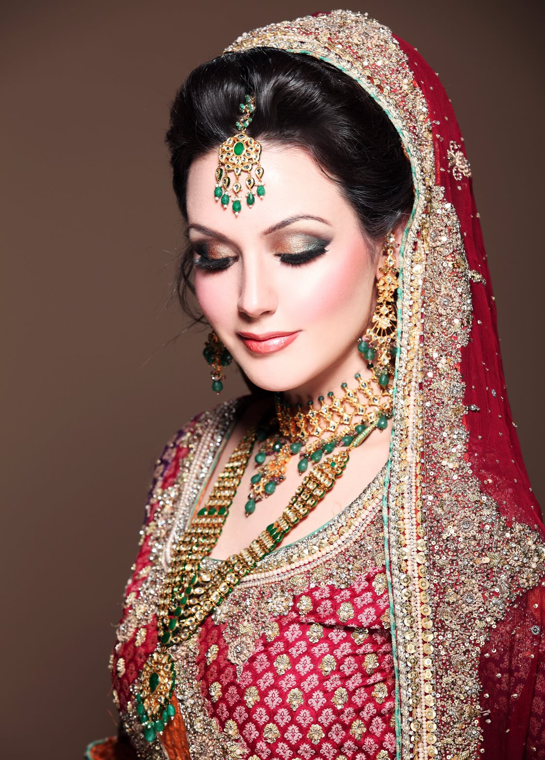 bollywood makeup artist in mumbai top best celebrity make up artists